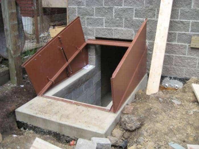 Как выбрать люк в подвал